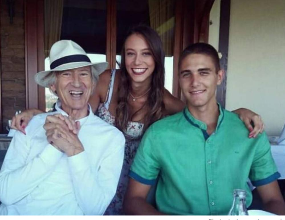 Ljubiša sa unukom Sarom i unukom Stefanom