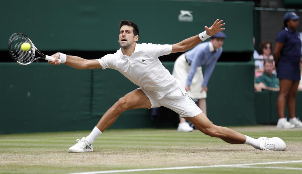 Novak Đoković u meču sa Nadalom