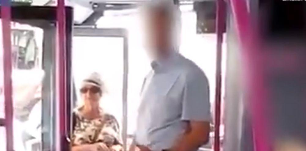 SKIDAJ-TO-Usla-je-s-bebom-u-autobus-a-onda-je-dozivela-torturu-od-strane-vozaca-VIDEO