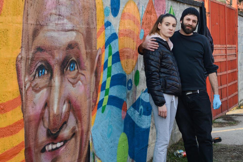 Ela Sakić i Đurađ Stevanović, autor grafita u Šapcu