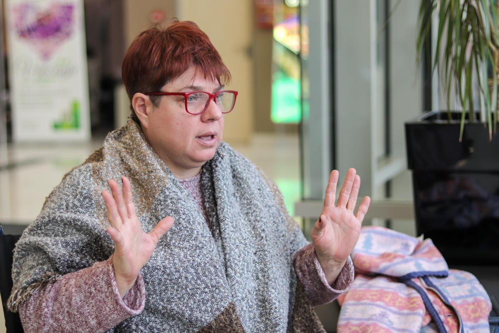 Prema Tatjaninoj priči gradski saobraćaj u Novom Sadu nije pristupačan za osobe sa invaliditetom