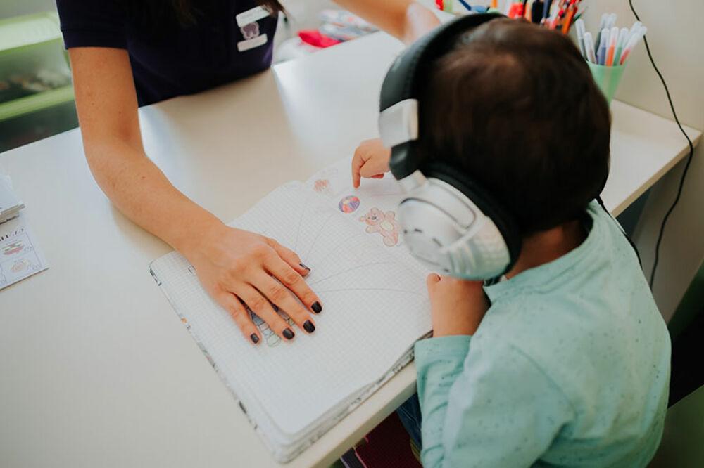 Razumevanjem dete razvija svoj pasivni rečnik