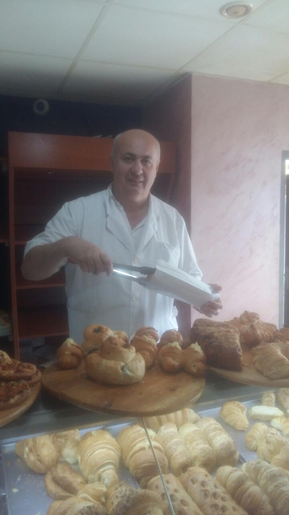Saso u svojoj pekari