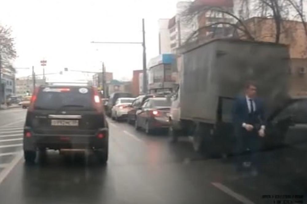 U Rusiji snimljena brutalna tuča koja je premašila akcione filmove (VIDEO)