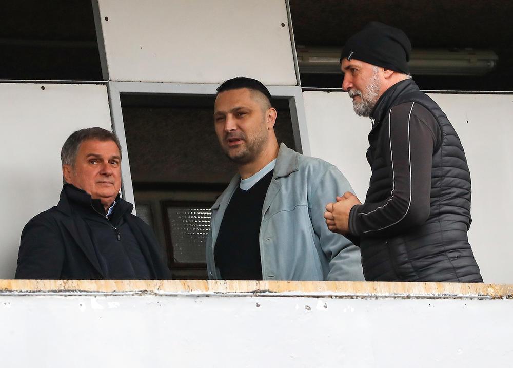 Denis Šefik na fudbalskoj utakmici u Humskoj