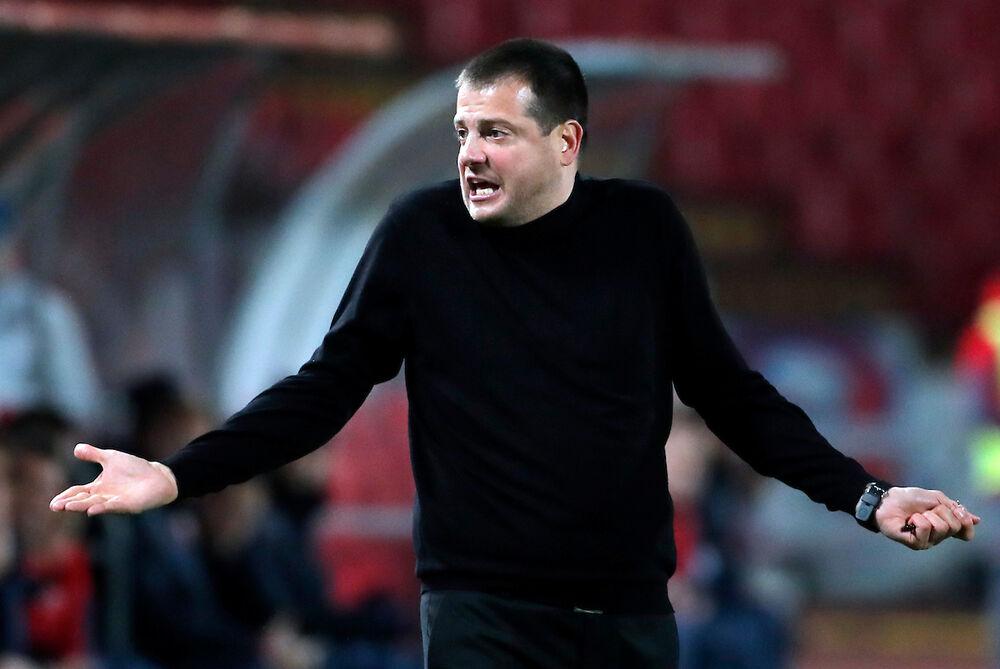 Nenad Lalatović je morao da se oglasi preko klupskog sajta