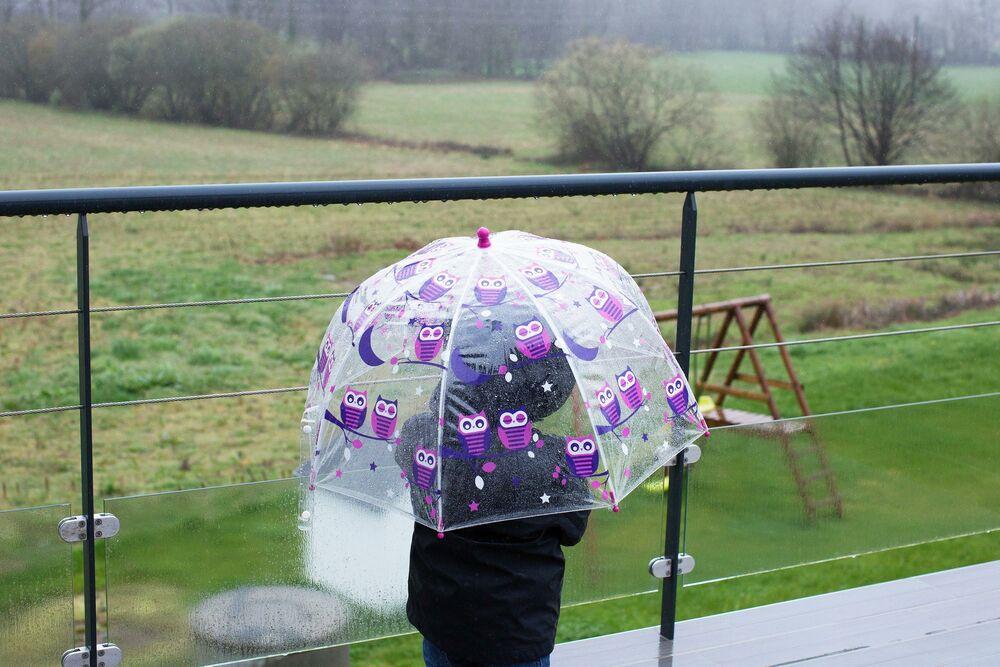 ČEKA NAS TMURAN PONEDELJAK: Kišovit dan pred nama, poznato je do kada će trajati PADAVINE