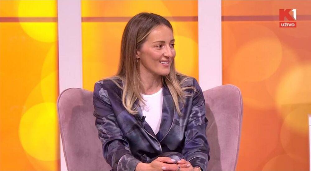 Maja Ognjenović, Zabava, Estrada